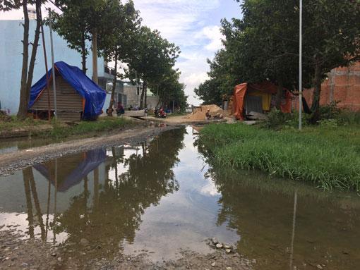 Vì sao hơn 200 hộ dân ở khu dân cư Vĩnh Phú 2 chưa được cấp sổ đỏ?